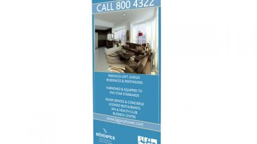 Q2_Roller Banner Stand